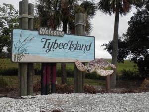 300x225xTybee-Island-Welcome-11-300x225_png_pagespeed_ic_BPaSz2_kYi