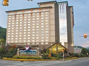 -_Harrah_s_Cherokee_Casino-20000000005978410-1024x768