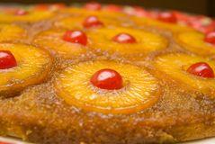 upside-down-cake-1555896