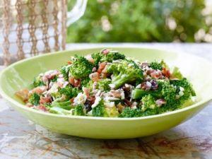 yw0302h_broccoli-salad-recipe_s4x3_jpg_rend_sni12col_landscape